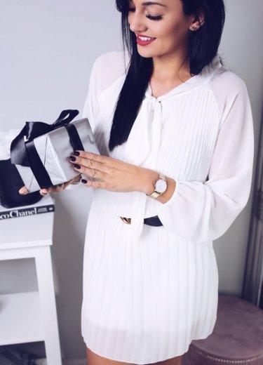 Sukienka PAROLA plisowana biała