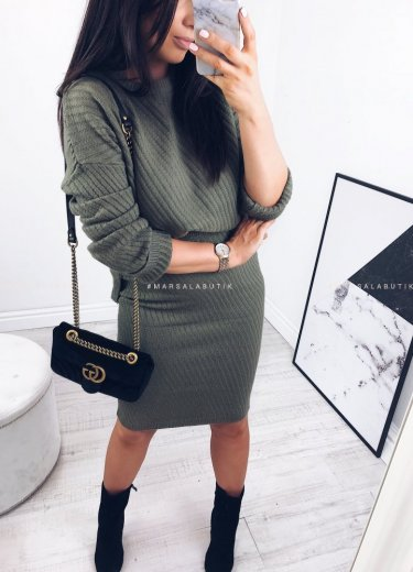 Komplet ARRIVAL spódnica + sweter oliwka