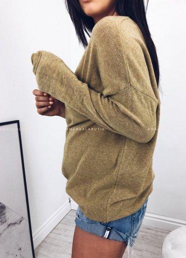 Sweterek V w kolorze musztardowym - LIGHT