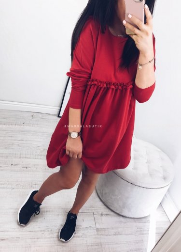 Sukienka LULLA LONG w kolorze czerwonym