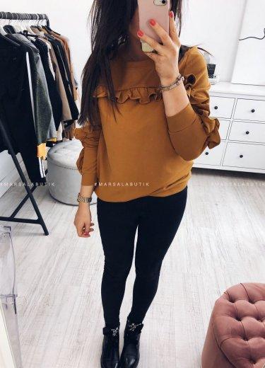 /thumbs/fit-375x520/2018-10::1538747363-dijv5703.jpg