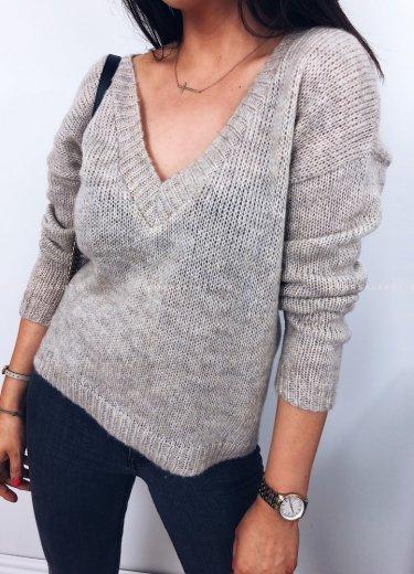 Sweterek V beż - PRETTY