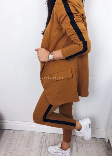 Komplet GRAVE żakiet z lampasem + spodnie camel