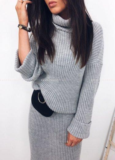 Sukienka TESSA sweterkowa z golfem szara