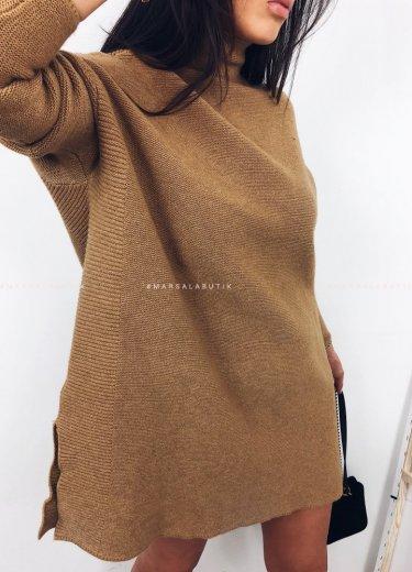 Sweter SWEEP półgolf oversize mocca