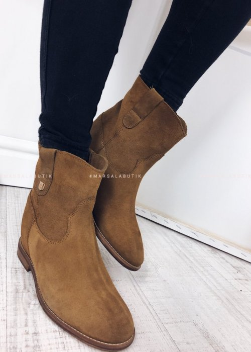 CAMEL ANKLE BOOTS SUEDE – DELUXE