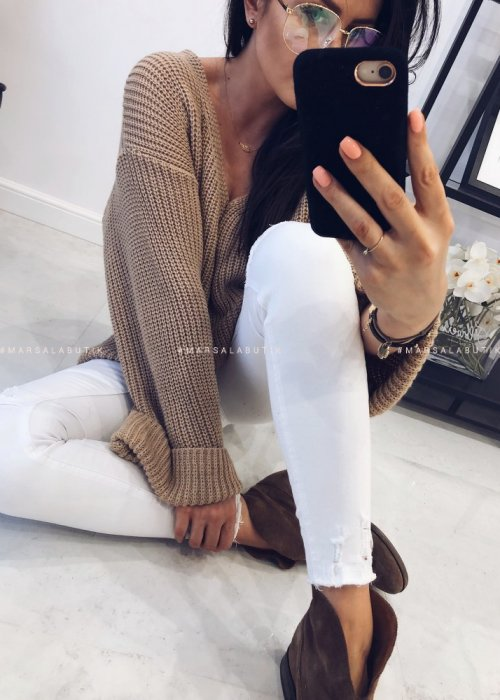 White ripped jeans – ESCAPE