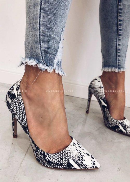 SNAKE SKIN heels white