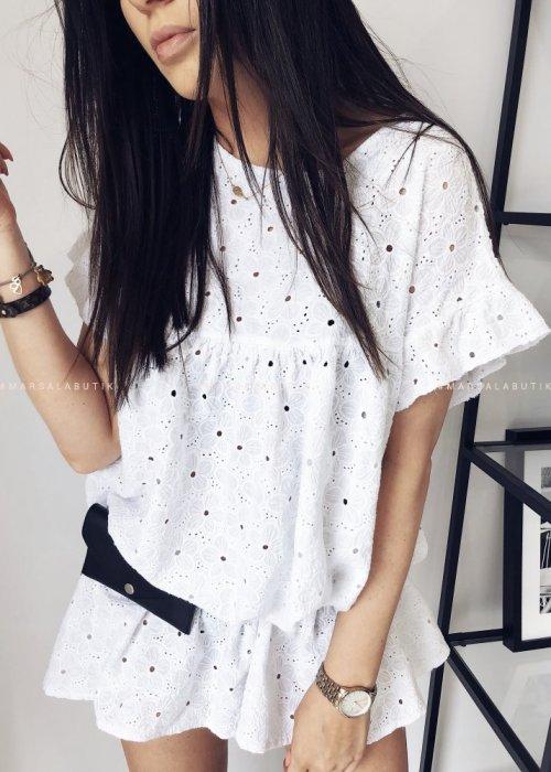 Sukienka ażurowa NAOMI w kolorze białym