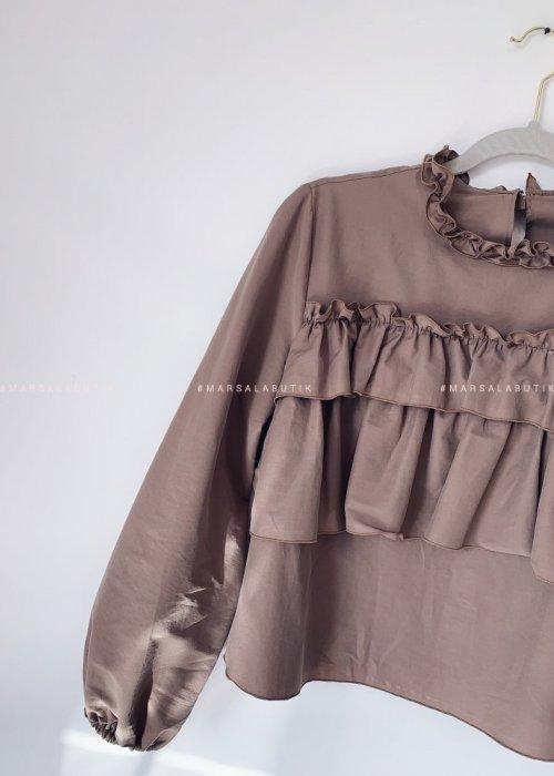 Bluzka CARMEN BY MARSALA z falbanka czekoladowa