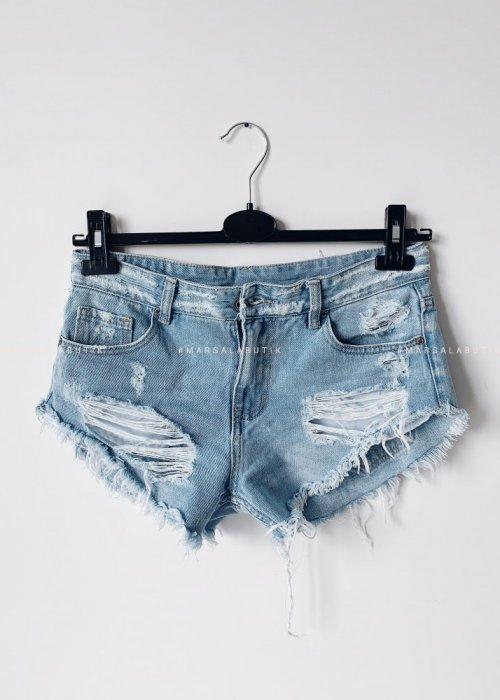 Ripped denim shorts SALTY