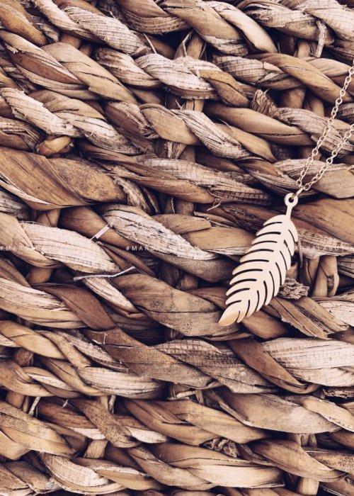 Naszyjnik złoty z piórem - PIUMA