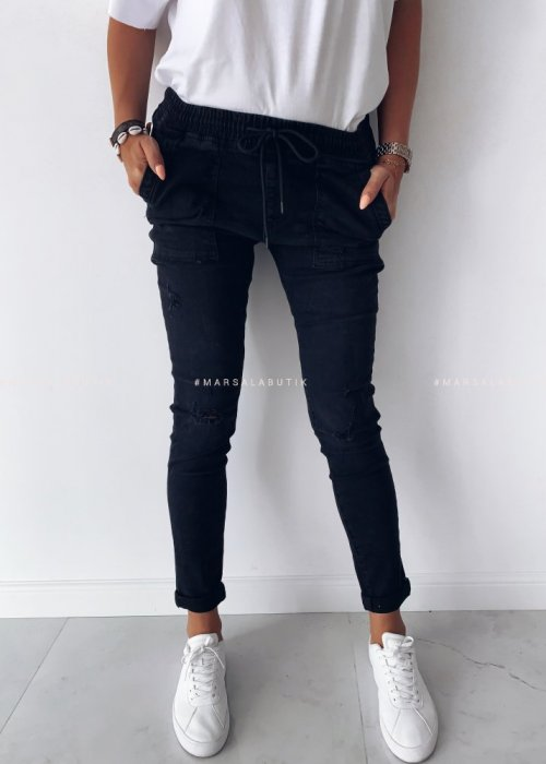 BAGGY POCKET trousers, black with pockets