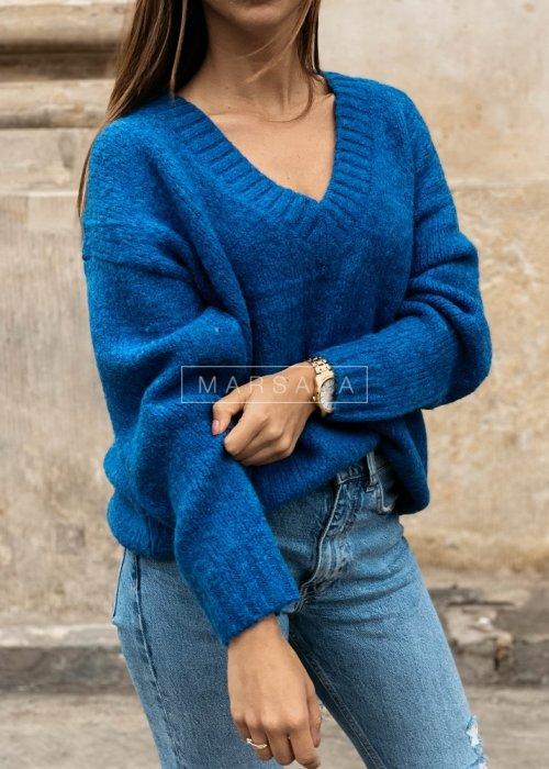 Gruby sweter w kolorze kobaltowym z dekoltem w kształcie V - COSY