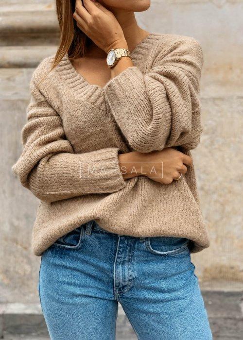 Gruby sweter w kolorze beżowym z dekoltem w kształcie V - COSY