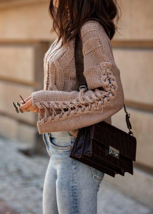 Sweter krótki z szerokimi rękawami mocca - COCOA