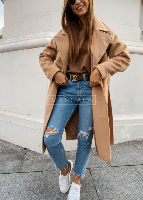 Długi płaszcz w kolorze beżowym z paskiem - GOSSIP